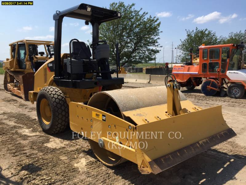 CATERPILLAR COMPACTORS CS44 equipment  photo 4