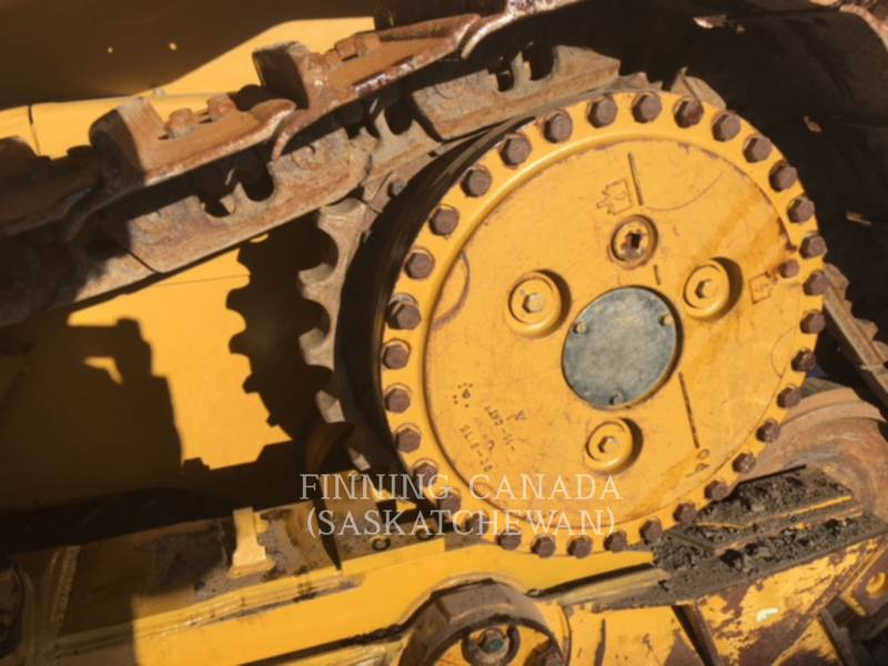 CATERPILLAR TRACTEURS SUR CHAINES D 6 T XL equipment  photo 2