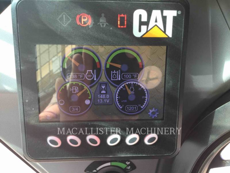 CATERPILLAR PALE COMPATTE SKID STEER 226D equipment  photo 19