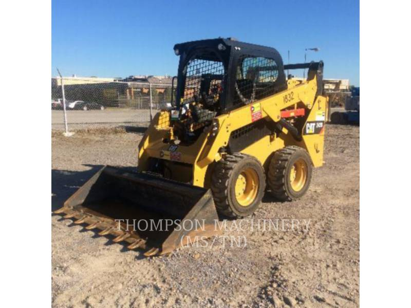 CATERPILLAR PALE COMPATTE SKID STEER 242D equipment  photo 4