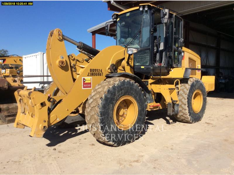 CATERPILLAR WHEEL LOADERS/INTEGRATED TOOLCARRIERS 938 equipment  photo 1