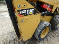 CATERPILLAR MINICARGADORAS 232D equipment  photo 13