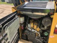 CATERPILLAR SKID STEER LOADERS 262 D equipment  photo 13