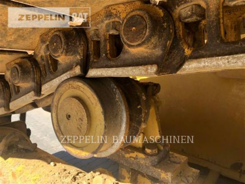 CATERPILLAR TRACTORES DE CADENAS D6TM equipment  photo 11