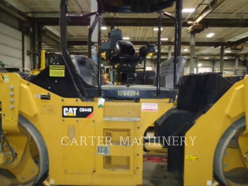 CATERPILLAR TANDEMVIBRATIONSWALZE, ASPHALT CB44B equipment  photo 3