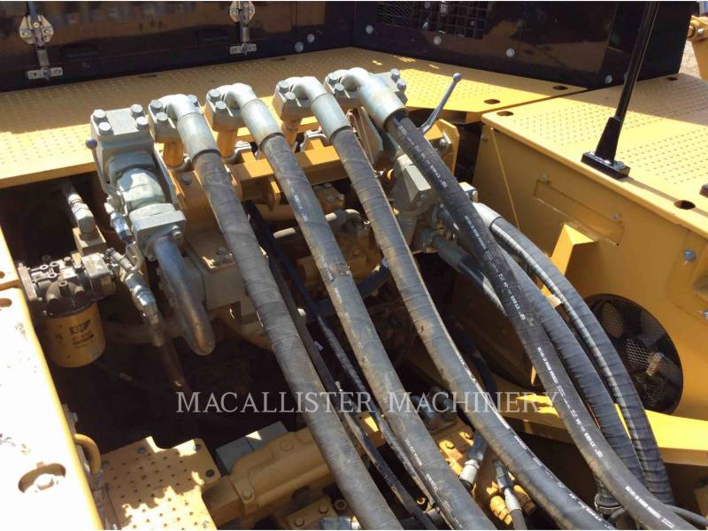 CATERPILLAR TRACK EXCAVATORS 374DL equipment  photo 7