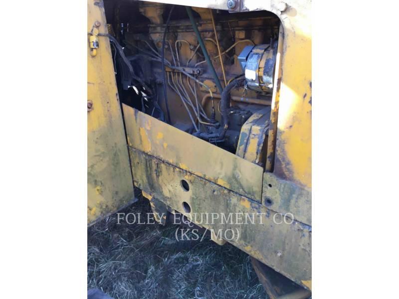 JOHN DEERE WHEEL TRACTOR SCRAPERS 760A equipment  photo 17