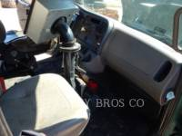 FREIGHTLINER CAMIONS ROUTIERS M2106 equipment  photo 8