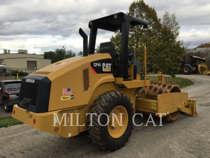 CATERPILLAR VERDICHTER CP44 equipment  photo 4