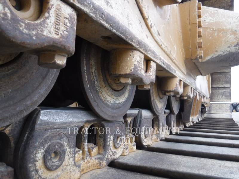 CATERPILLAR TRACK TYPE TRACTORS D6R LGP equipment  photo 11