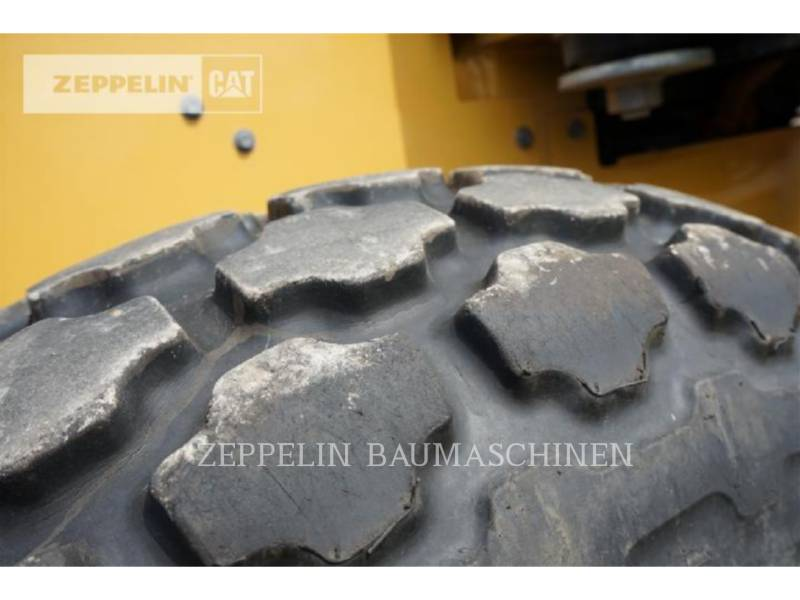 CATERPILLAR VIBRATORY SINGLE DRUM SMOOTH CS44 equipment  photo 14