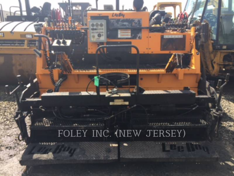 LEE-BOY ASPHALT PAVERS 8510T equipment  photo 2