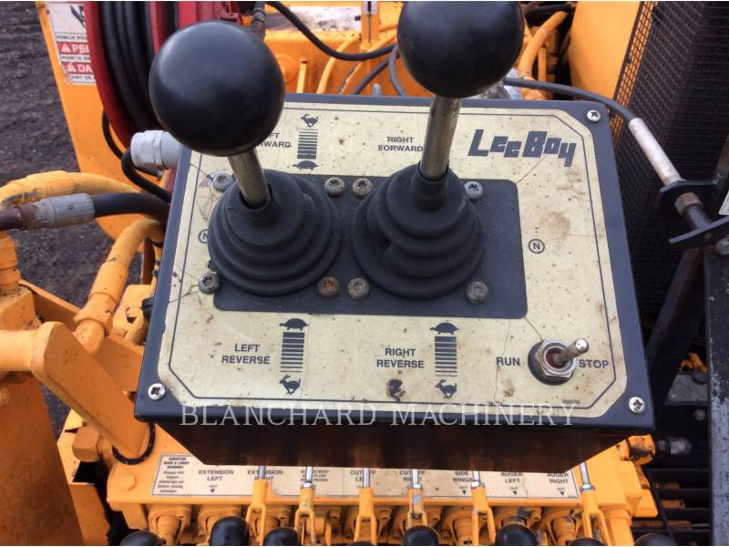 LEE-BOY ASPHALT PAVERS 8510 equipment  photo 6