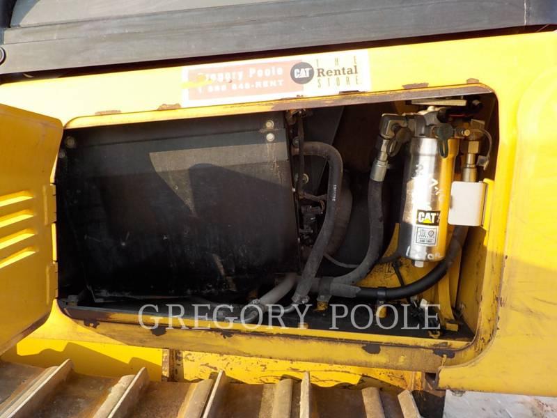 CATERPILLAR TRACK TYPE TRACTORS D5K2 LGP equipment  photo 16