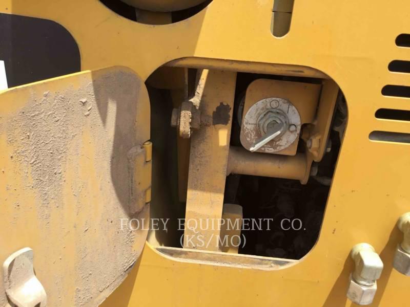 CATERPILLAR TRACK TYPE TRACTORS D5KXL equipment  photo 11