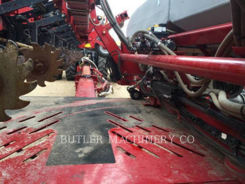 CASE/INTERNATIONAL HARVESTER Apparecchiature di semina 1240 equipment  photo 20