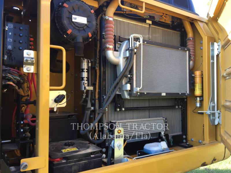 CATERPILLAR EXCAVADORAS DE CADENAS 323FL equipment  photo 6