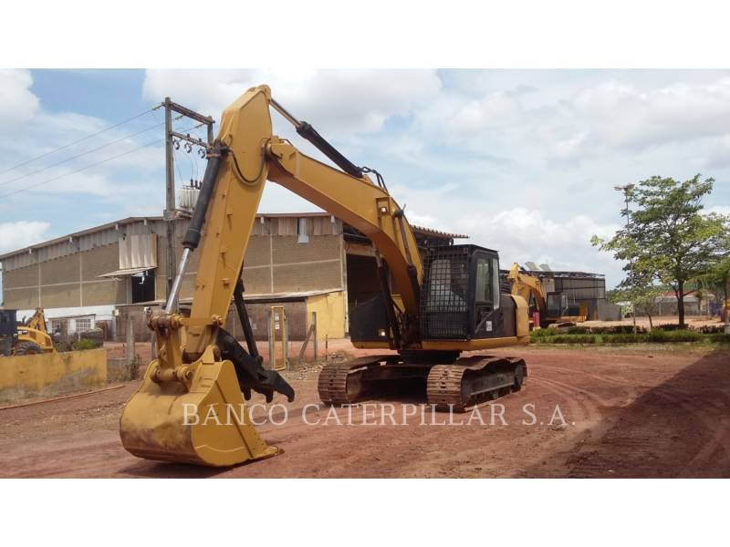 CATERPILLAR KETTEN-HYDRAULIKBAGGER 320D2 equipment  photo 1