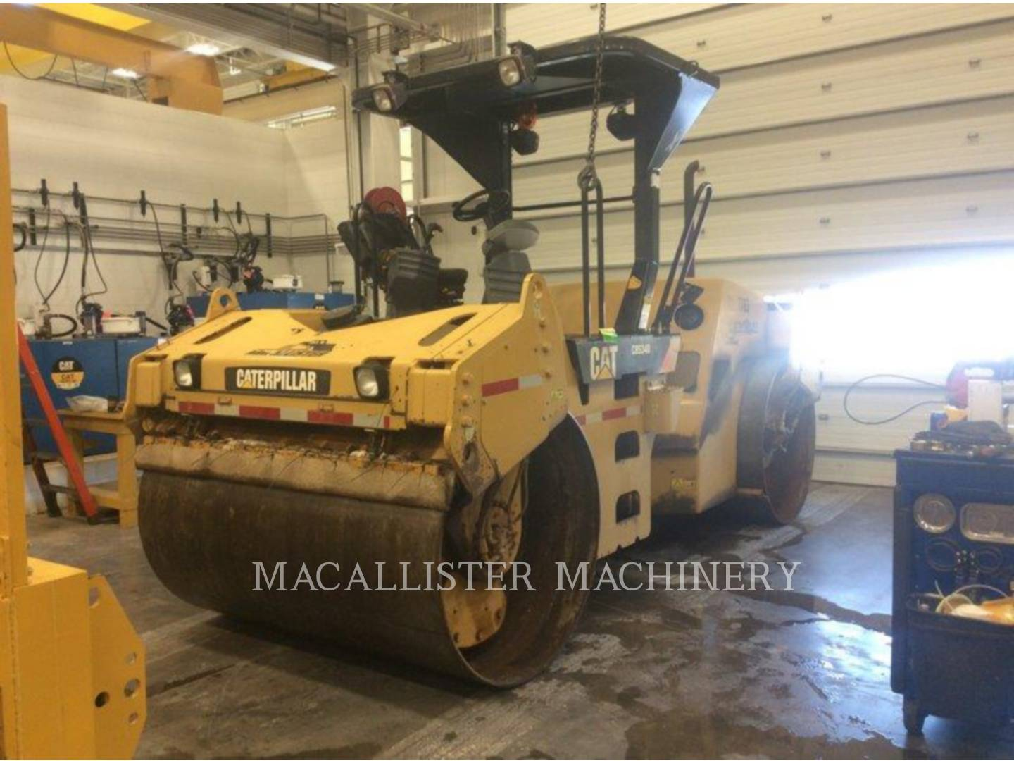 Detail photo of 2009 Caterpillar CB-534DXW from Construction Equipment Guide