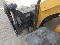 CATERPILLAR CHARGEURS TOUT TERRAIN 289D equipment  photo 21