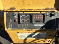 Caterpillar BETONIERE DE ASFALT AP-1055D equipment  photo 10