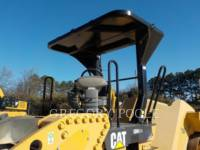 CATERPILLAR VIBRATORY DOUBLE DRUM ASPHALT CB-54 equipment  photo 2