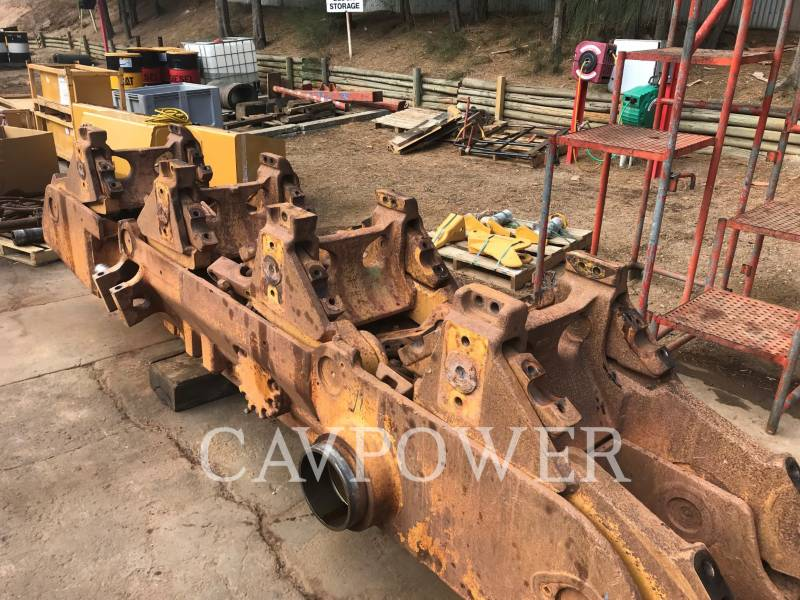 CATERPILLAR BERGBAU-KETTENDOZER D10T equipment  photo 11