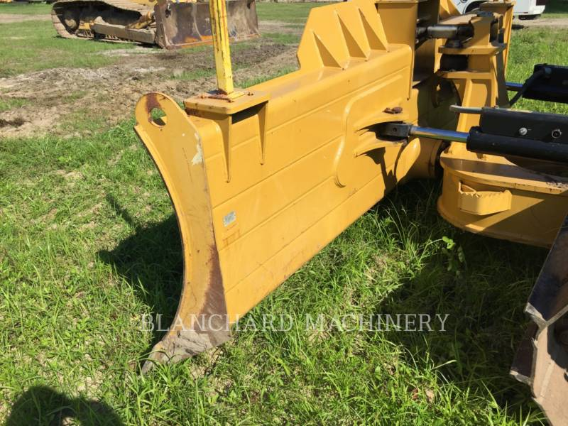 CATERPILLAR TRACK TYPE TRACTORS D 6 N LGP equipment  photo 5