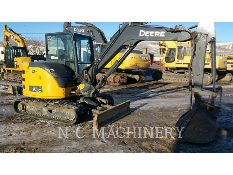 JOHN DEERE PELLES SUR CHAINES 60G equipment  photo 1