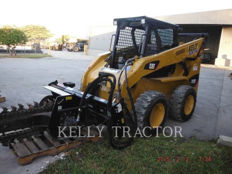 CATERPILLAR CHARGEURS COMPACTS RIGIDES 252B3 equipment  photo 1