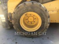 CATERPILLAR SKID STEER LOADERS 262C2 A2RQ equipment  photo 16