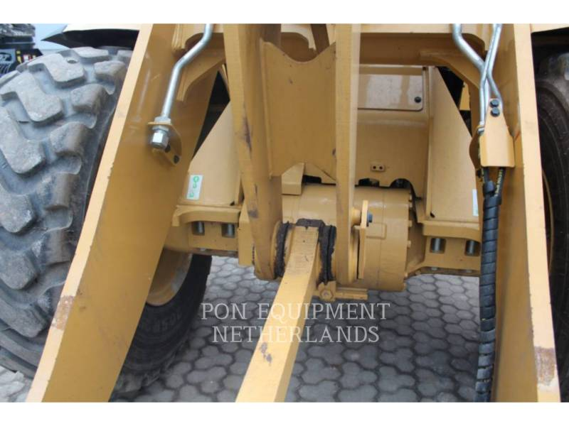 CATERPILLAR CARGADORES DE RUEDAS 930 M equipment  photo 23