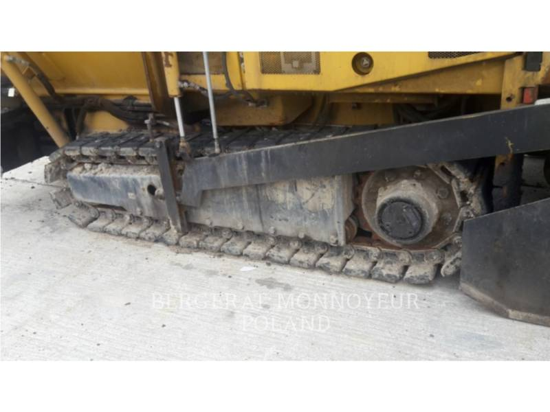 CATERPILLAR ASPHALT PAVERS AP 255 E equipment  photo 10