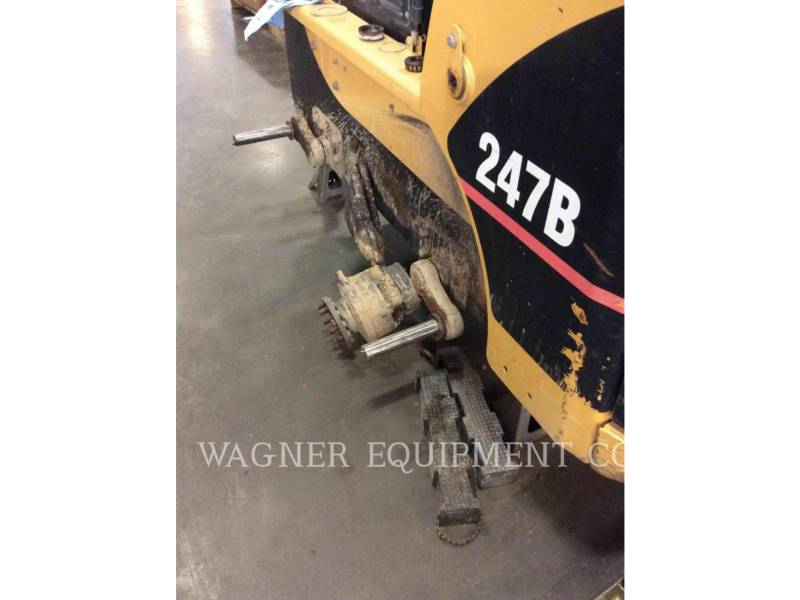 CATERPILLAR CARGADORES MULTITERRENO 247B equipment  photo 9