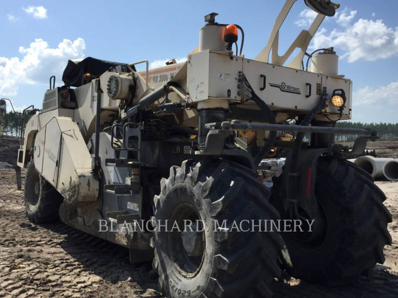 WIRTGEN STABILISATEURS DE SOL/RECYCLEUSES WR 2000XL equipment  photo 3
