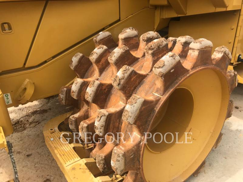 CATERPILLAR TRACTORES TOPADORES DE RUEDAS 815F II equipment  photo 15