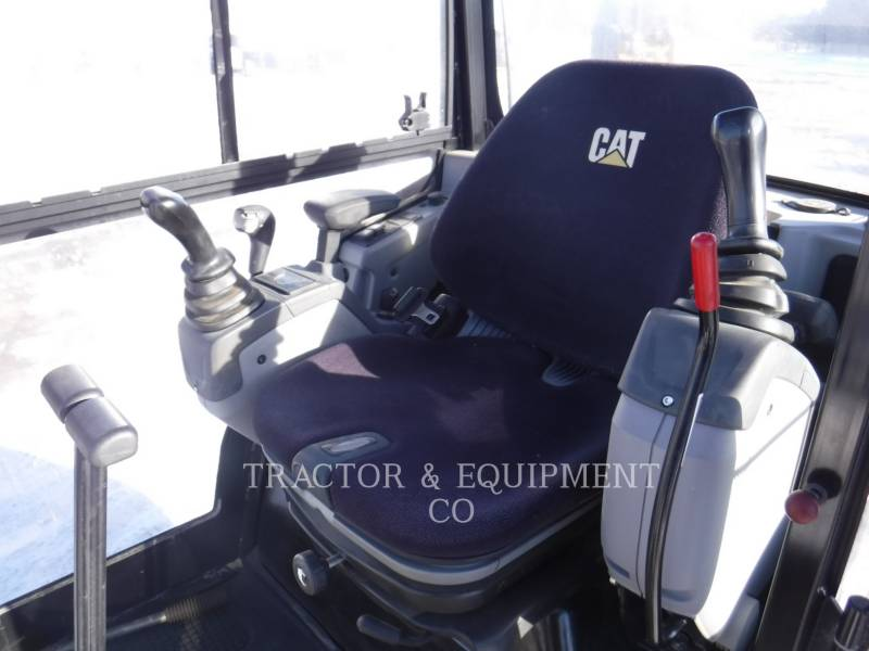 CATERPILLAR TRACK EXCAVATORS 301.7D CB equipment  photo 7