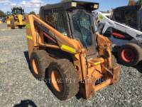Equipment photo CASE 430 PALE COMPATTE SKID STEER 1