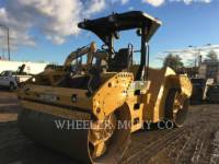 Equipment photo CATERPILLAR CB64 ASPHALT PAVERS 1