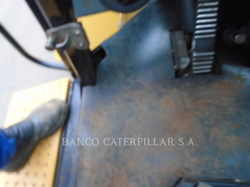 CATERPILLAR CARGADORES DE RUEDAS 938H equipment  photo 24