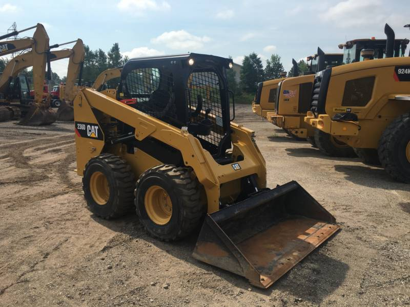 CATERPILLAR CHARGEURS COMPACTS RIGIDES 236D equipment  photo 7