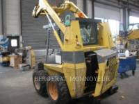 Equipment photo CASE 1840 SKID STEER LOADERS 1
