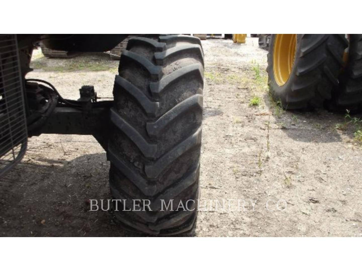 Detail photo of 2010 Gleaner R66 from Construction Equipment Guide