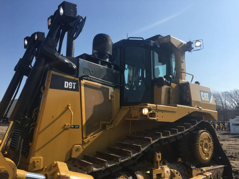 CATERPILLAR TRACTEURS SUR CHAINES D9T equipment  photo 10