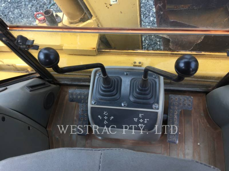 CATERPILLAR TERNE 428D equipment  photo 11