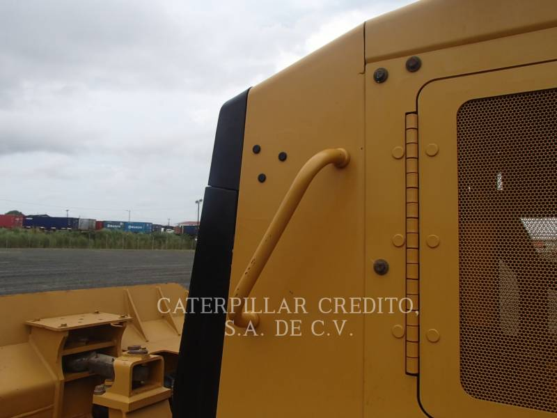 CATERPILLAR TRACTORES DE CADENAS D6K2 equipment  photo 19