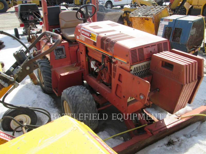DITCH WITCH (CHARLES MACHINE WORKS) TRENCHERS 3700 equipment  photo 3