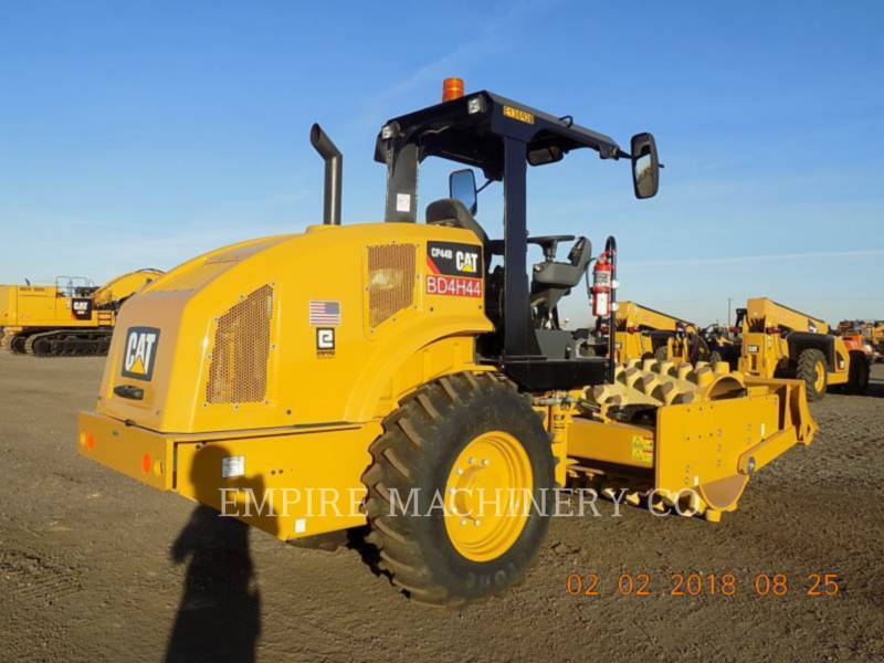 CATERPILLAR VIBRATORY SINGLE DRUM PAD CP44B equipment  photo 2