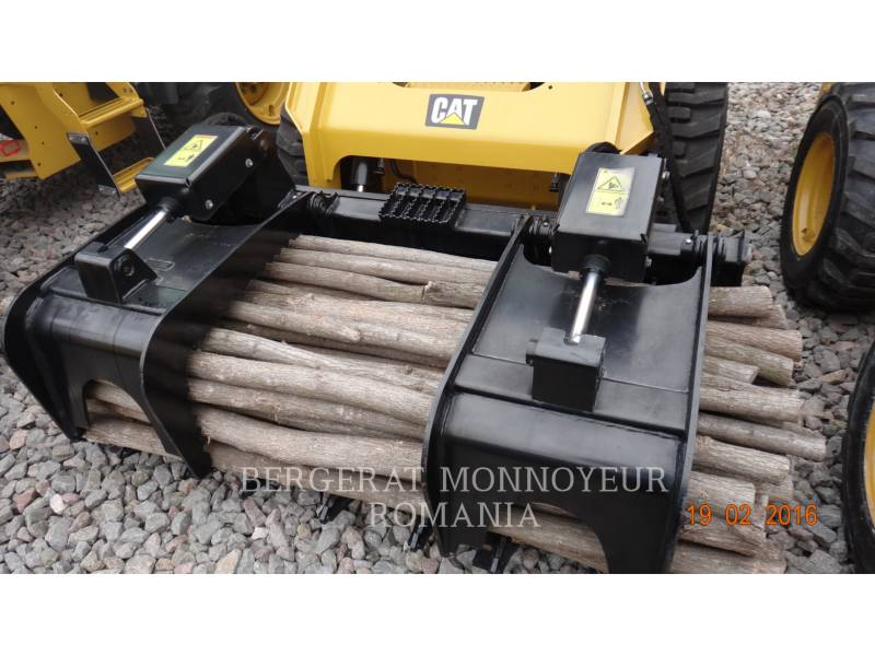 CATERPILLAR WT - RATEAU RAKE equipment  photo 4