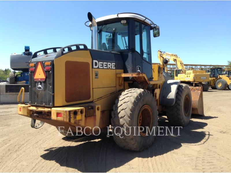 JOHN DEERE TRATORES DE RODAS 544J equipment  photo 3